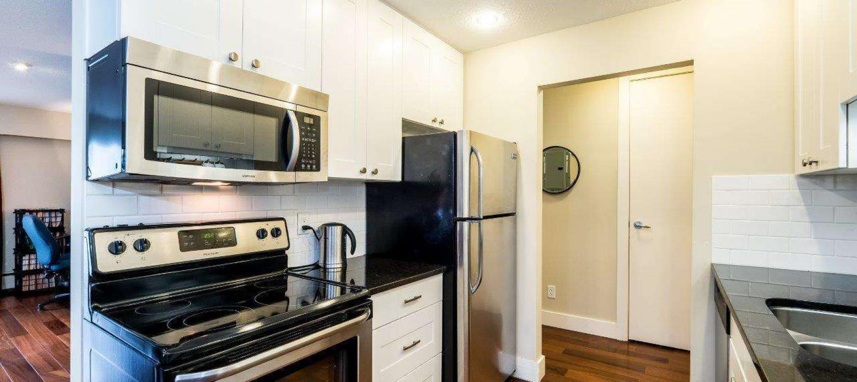 207 - 120 E 5th Street, Lower Lonsdale, North Vancouver