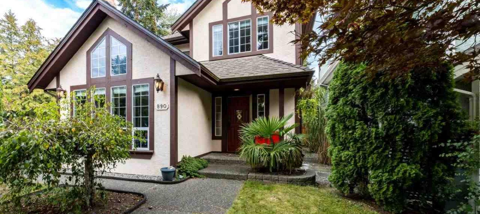 890 Ruckle Court, Roche Point, North Vancouver