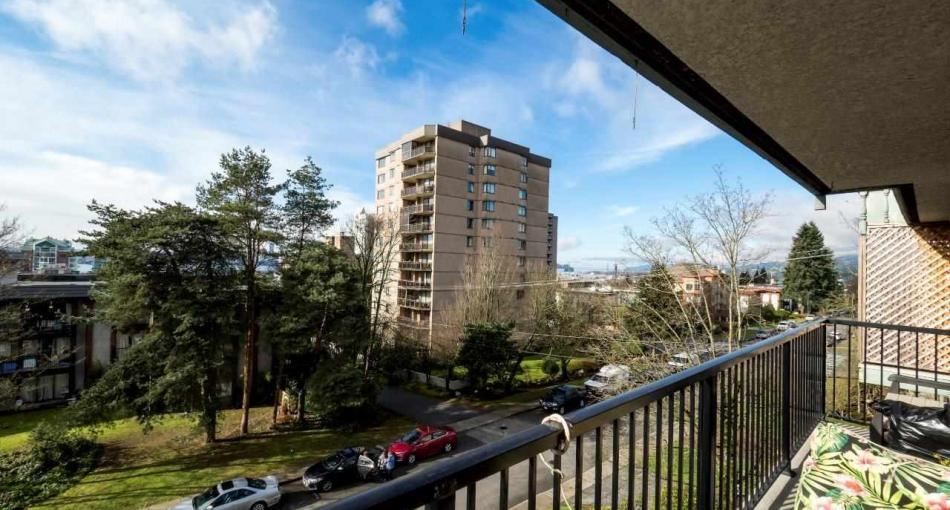 302 - 120 E 5th Street, Lower Lonsdale, North Vancouver